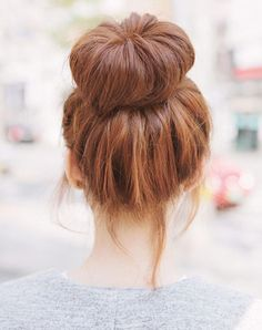 4 Eloquent Cool Ideas: Everyday Hairstyles With Fringe messy hairstyles curly.Quick Bun Hairstyles feathered hairstyles for over Aged Women Hairstyles Fashion. Donut Bun Hairstyles, My Hairstyle, Summer Hairstyles, Hairstyles With Bangs, Braided Hairstyles, Wedding Hairstyles, Everyday Hairstyles, Hair Bun Donut, Wedding Upstyles