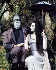 Fred Gwynne and Yvonne De Carlo in The Munsters