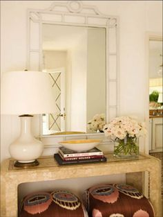 Love the mirror and look of the table decor