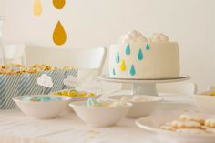 Rain drop cloud cake - with something other than yellow.
