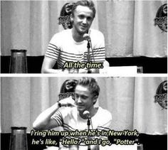 "he still calls Daniel Radcliffe ""Potter."" Because he still calls Daniel Radcliffe ""Potter.""Because he still calls Daniel Radcliffe ""Potter. Harry Potter Thema, Harry Potter Cast, Harry Potter Fandom, Harry Potter Interviews, Tom Felton Harry Potter, Drarry, Dramione, Memes Humor, Funny Memes"
