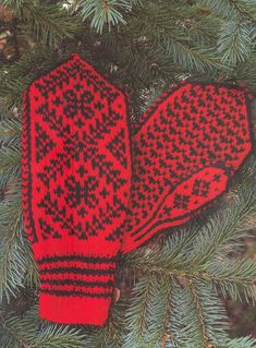"Photo from album ""Norske Luer - Norske Votter"" on Yandex. Knit Mittens, Views Album, Free Pictures, Men Sweater, Knitting, Blog, Yandex, Wall Photos, Community"