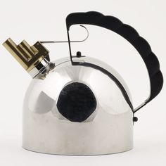 Design Museum Collection App: kettles