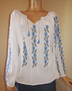 Hand embroidered Romanian peasant blouse, ethnic handmade top size M Manado, Peasant Blouse, Eminem, Bridal Dresses, Cross Stitch Patterns, Ethnic, Traditional, Embroidery, Handmade