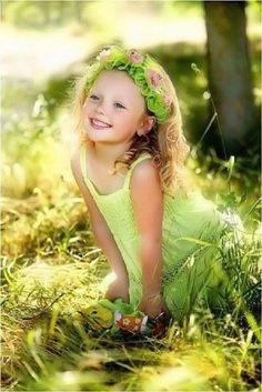 adorable little princess - children - kids - green Precious Children, Beautiful Children, Beautiful Babies, Beautiful Smile, Little People, Little Girls, Cute Kids, Cute Babies, Flower Girls