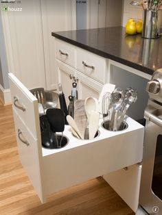 Brilliant! Must have. I hate clutter on the counters especially kitchen tools.