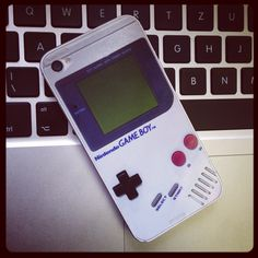 Let´s go GameBoy :-) iPhone skin for nerds, geeks and gamers!