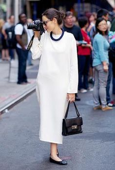 How to wear flats anywhere. #streetstyle #inspiration