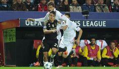 Spanske klubber så på Dybala mod Sevilla!