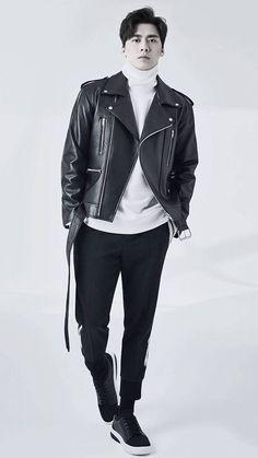 Men's Fashion, Handsome, Leather Jacket, Actor, Moda Masculina, Studded Leather Jacket, Fashion For Men, Male Fashion, Leather Jackets