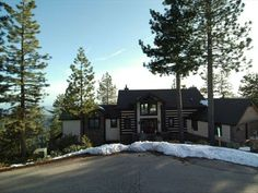 VRBO.com #413238 - Luxurious Sierra View Cabin Located in Shaver Lake cabin rental <3