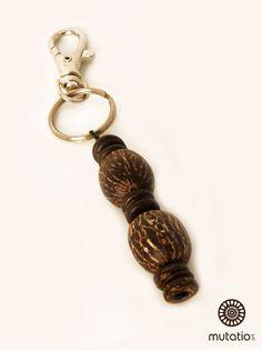 #chaveiropersonalizado #chaveiro #chaveirodiferente #acessorios http://www.elo7.com.br/chaveiro-semente-paxiubinha/dp/4DA4F5