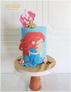 Adorable Princess Birthday Party Ideas for 6 year-olds Mermaid Birthday Cakes, Little Mermaid Birthday, Mermaid Cakes, Fondant Cakes, Cupcake Cakes, Little Mermaid Decorations, Ocean Cakes, Fantasy Cake, Funny Cake