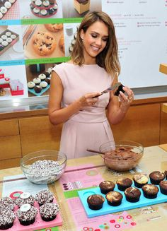 Jessica Alba, Sprinkles Cupcakes, Crossover Ring, Gold, Ring, Fine Jewelry