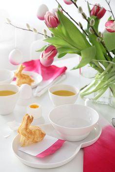 Mesa do chá decorado com elementos de Páscoa | Eu Decoro