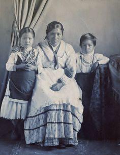 Family of Chief Billy, 1900? – 1915?, via Flickr.