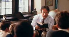 Top 10 Robin Williams Movies That Showcase His Best Acting Talent, such as Mrs. Read more to know about all ten best Robin Williams Movies. Robin Williams Frases, Robin Williams Movies, Emotional Movies, Der Club, Oh Captain My Captain, Touchstone Pictures, Citations Film, Teaching Poetry, Teaching Writing