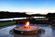 Madi-Madi Klein Karoo Safari Lodge, Western Cape (Near Oudtshoorn & Beaufort West) provides luxury suites & cottages. includes meals, some activities & Little Karoo accommodation!
