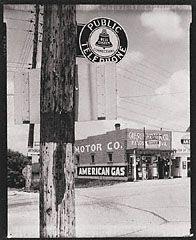 Highway Corner, Reedsville, West Virginia, Walker Evans, 1935