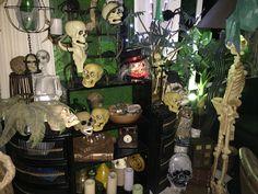 Voodoo Swamp Halloween 2015 my own props Halloween 2015, Halloween Design, Voodoo Party, Swamp Party, Pirate Island, Island Theme, Pirates, Creepy