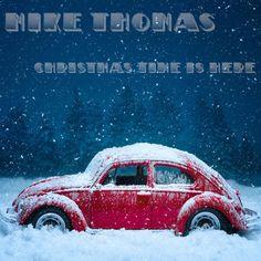 I'm listening to Mike Thomas on Pandora!