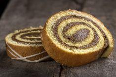 Il goloso e soffice dolce farcito con la nutella e la granella di nocciole
