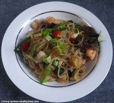 Do yourself a favour and get some Konjac noodles! Natural (made from yams), practically calorie and carb free, so NO insulin spike! Pad Thai me up :)