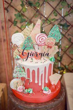 cake_8482 - Cute Christmas Stockings, Cozy Christmas, Christmas Balls, Rustic Christmas, Christmas Themes, Snow Globe Cupcakes, Gift Of Faith, Peppermint Candy Cane, Fresh Milk