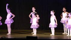 Anna Luiza - Primeira apresentação de balé
