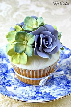 Hydrangea Cupcake with Blue Roses
