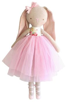 Billie Ballet Bunny in Sweet Floral Tilda Toy, Tiny Dolls, Sewing Toys, Stuffed Toys Patterns, Fabric Dolls, Beautiful Dolls, Doll Toys, Baby Toys, Kids Toys