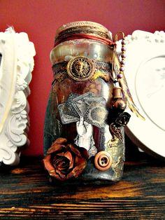 Licesbury's Cabinet of Scrapities: Botella alterada
