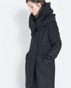 Image 4 of WOLLEN WRAPAROUND COAT from Zara