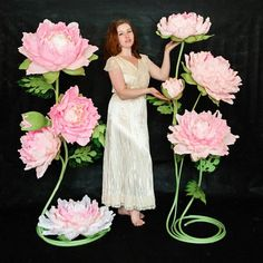 Мастер-классы. Цветы из бумаги. Фотозоны. МК Crepe Paper Flowers Tutorial, Paper Flowers Craft, Large Paper Flowers, Paper Flowers Wedding, Paper Flower Backdrop, Giant Paper Flowers, Big Flowers, Flower Crafts, Paper Lotus