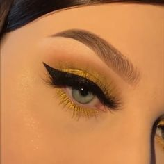 Visit the webpage to learn more about face makeup Orange Eye Makeup, Bold Eye Makeup, Eye Makeup Art, Colorful Eye Makeup, Smokey Eye Makeup, Glam Makeup, Skin Makeup, Makeup Inspo, Eyeshadow Makeup