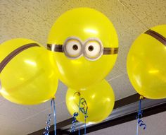 DIY minion balloons. Goggles. Despicable me party decorations!