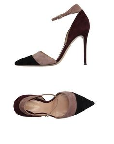 GIANVITO ROSSI Pump. #gianvitorossi #shoes #pump
