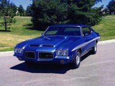 1972 Pontiac GTO uhh so sexy love this color!!