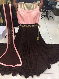 Pakistani Dress Design, Pakistani Dresses, Indian Dresses, Indian Outfits, Traditional Dresses Designs, Traditional Outfits, Indian Designer Outfits, Designer Dresses, Indian Skirt And Top
