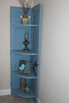 Door corner bookshelf