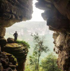 A foto da semana é do @viaje_muito na entrada da Caverna do...