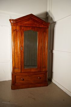 Cheap Price Large Victorian Edwardium Compactium Wardrobe Available In Various Designs And Specifications For Your Selection Furniture