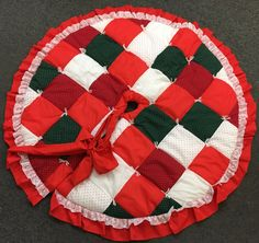 Quilted Tree Skirt by lishyloo on Etsy
