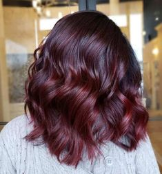 Burgundy Balayage with Dark Red Highlights Dark Maroon Hair, Deep Burgundy Hair Color, Burgundy Hair With Highlights, Deep Red Hair, Dark Hair, Red Balayage Highlights, Dark Red Balayage, Red Balayage Hair, Color Highlights