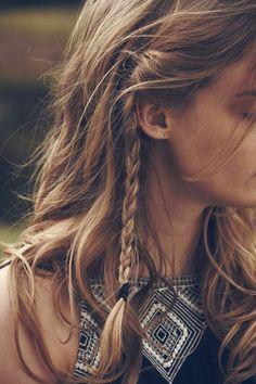 Classy bohemian braid for the hippie look - Hair Styles Cute Braided Hairstyles, Bohemian Hairstyles, Box Braids Hairstyles, Spring Hairstyles, Pretty Hairstyles, Hairstyle Ideas, Teenage Hairstyles, Fast Hairstyles, Chic Hairstyles