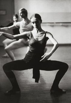 Grande Plie: A full plie, or bending of the knees. Back should be straight and aligned with heels, and legs turned out with knees over feet. Done in all positions of the feet.