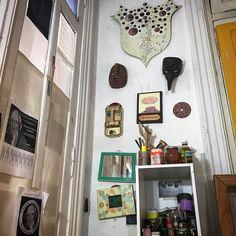 Máscaras y escudo del www.tallerdepintura.tumblr.com #tallerdepintura #arte #talleresdeartistas #tallerdearte #pintura #tallerdepinturadelucianogiusti #taller #talleres (en Córdoba Y Pueyrredon)