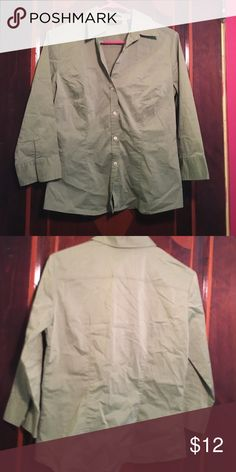 Pea green button down Pea green button down dress shirt, fairly new, stretches New York & Company Tops Button Down Shirts