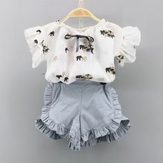 Check out my new Fashionable Elephant Print Ruffled Short-sleeve T-shirt and Shorts Set for Toddler Girl and Girl, snagged at a crazy discounted price with the PatPat app. Newborn Girl Outfits, Toddler Girl Outfits, Baby Girl Dresses, Kids Outfits, Baby Dress, Baby Girl Fashion, Toddler Fashion, Kids Fashion, Stylish Toddler Girl