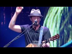 Jason Mraz- I Wont Give Up (Live @ Madison Square Garden)